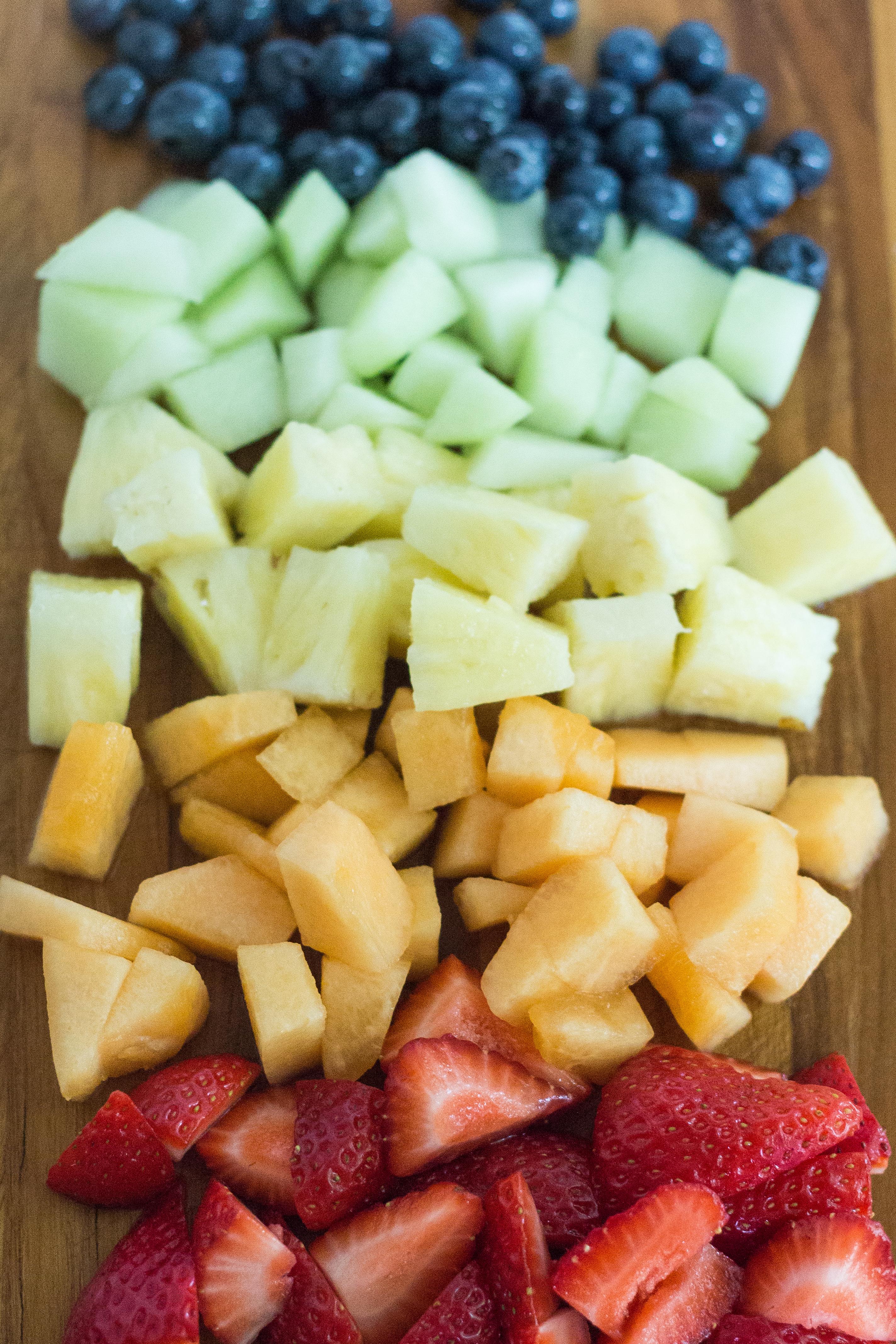 Summer Rainbow Fruit #summer #rainbow #fruit #colorful | https://www.roseclearfield.com