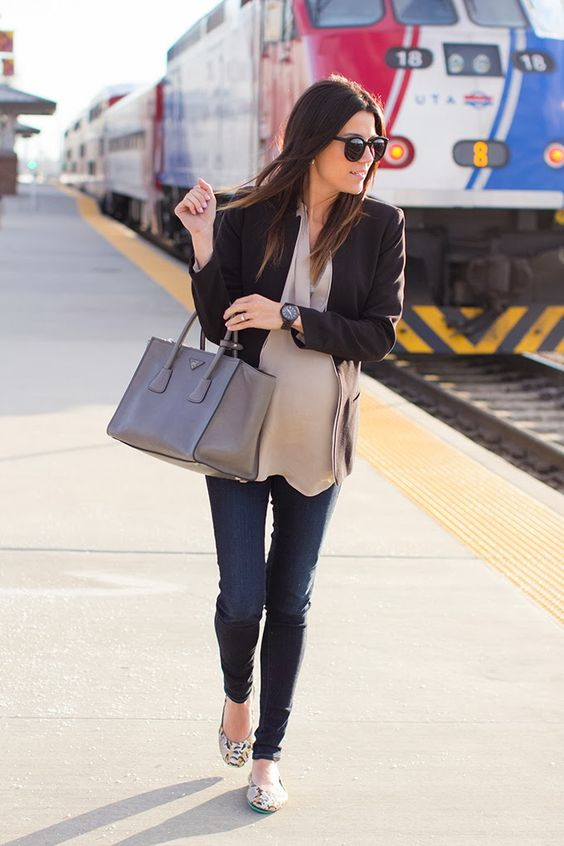 Casual Chic Women's Fall Outfit Pick