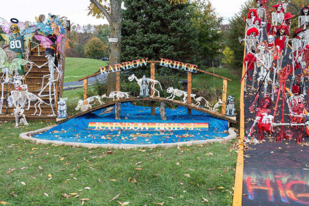 Jim Zamzow's Annual Halloween Display in Hubertus, WI   https://www.roseclearfield.com
