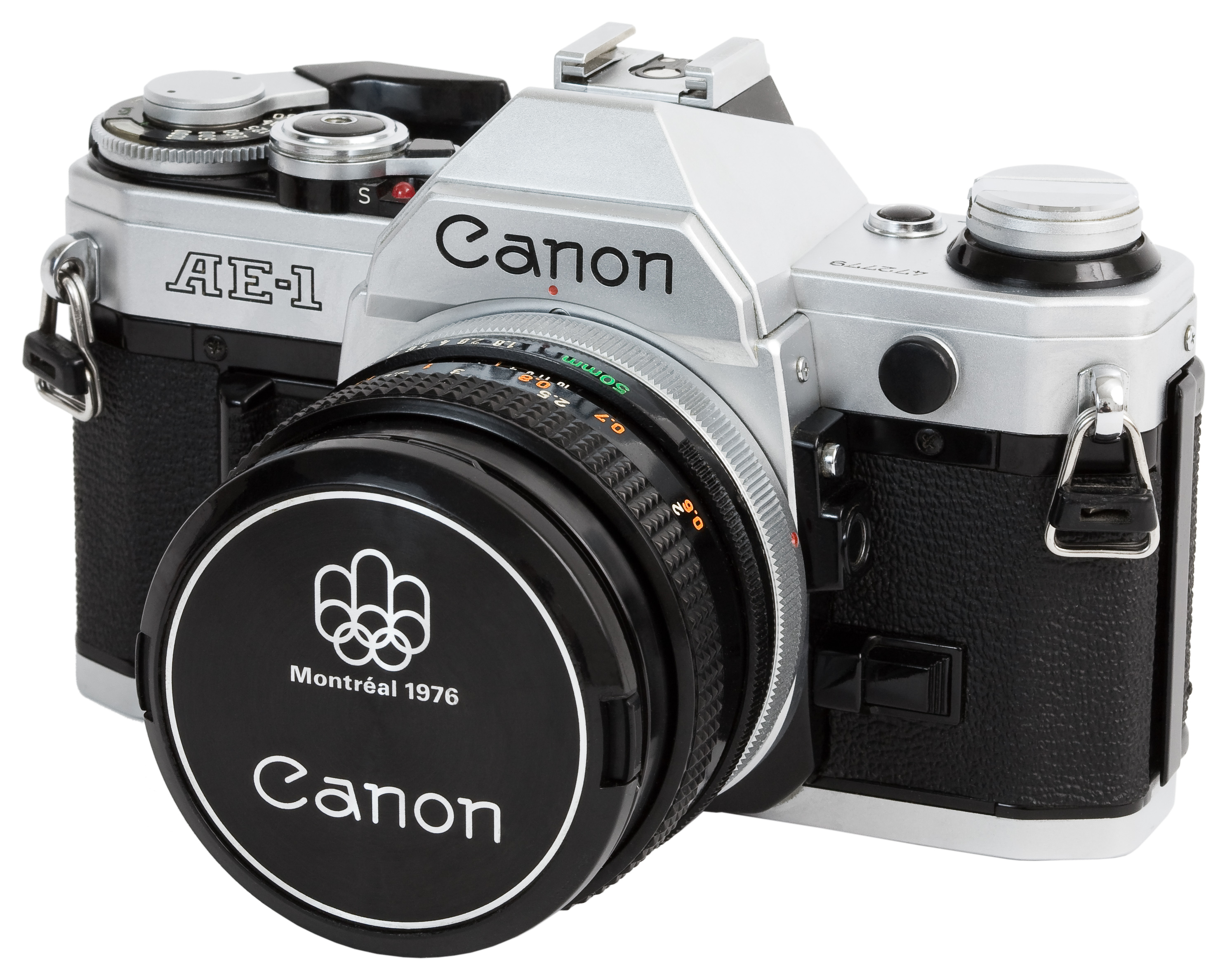 Canon AE-1 with kit 50mm f/1.8 lens...great photography holiday gift! | https://www.roseclearfield.com