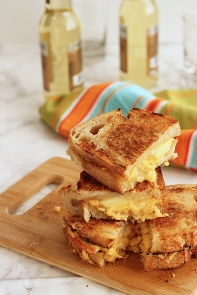 Fall and Winter Grilled Cheese Recipes - Grilled Cheddar, Brie, and Apple Sandwiches - cravingsomethinghealthy.com | https://www.roseclearfield.com