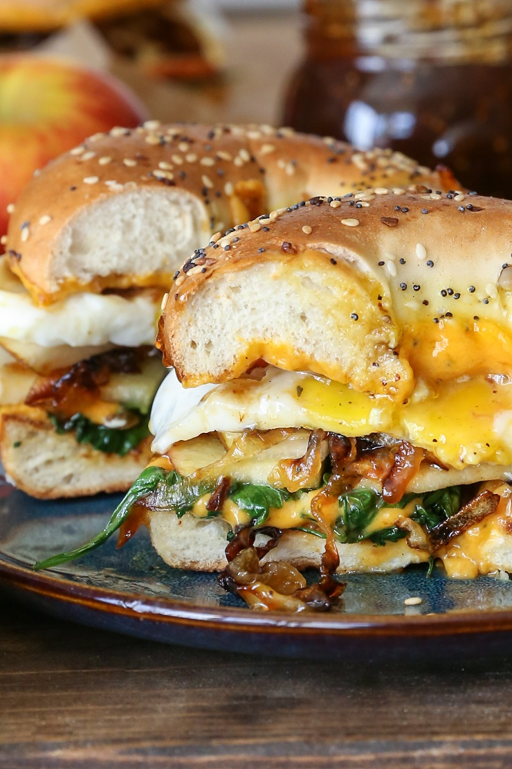 Fall and Winter Grilled Cheese Recipes - Pear Apple Cheddar Caramelized Onion Grilled Cheese Bagel Sandwich - theroastedroot.net | https://www.roseclearfield.com