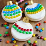 10 Cute Creative Christmas Cookies - Ornament Sugar Cookies | https://www.roseclearfield.com
