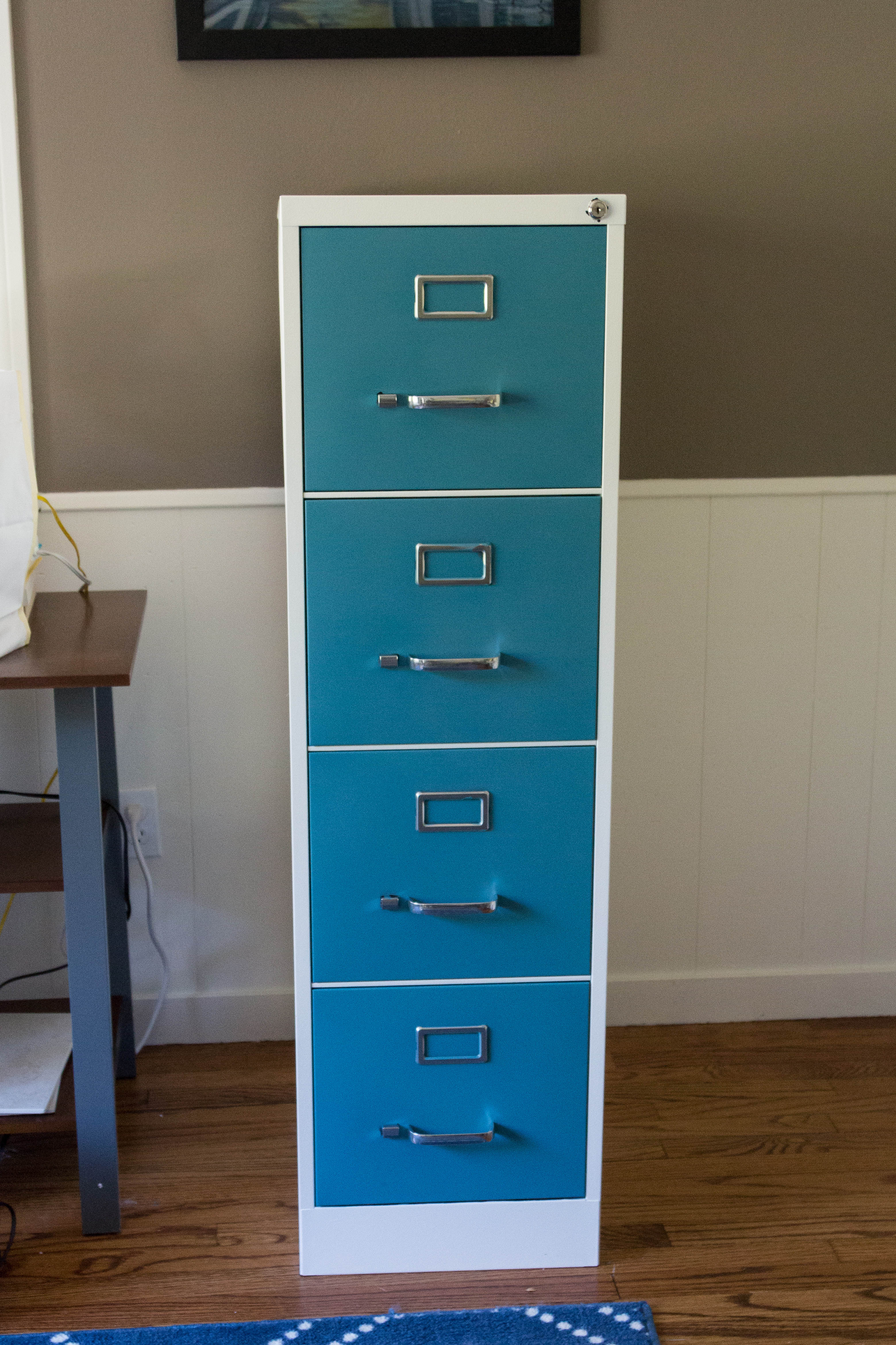 Freshly painted 4-drawer metal file cabinet. A simple paint job makes such a difference! Click through for the full tutorial. | https://www.roseclearfield.com