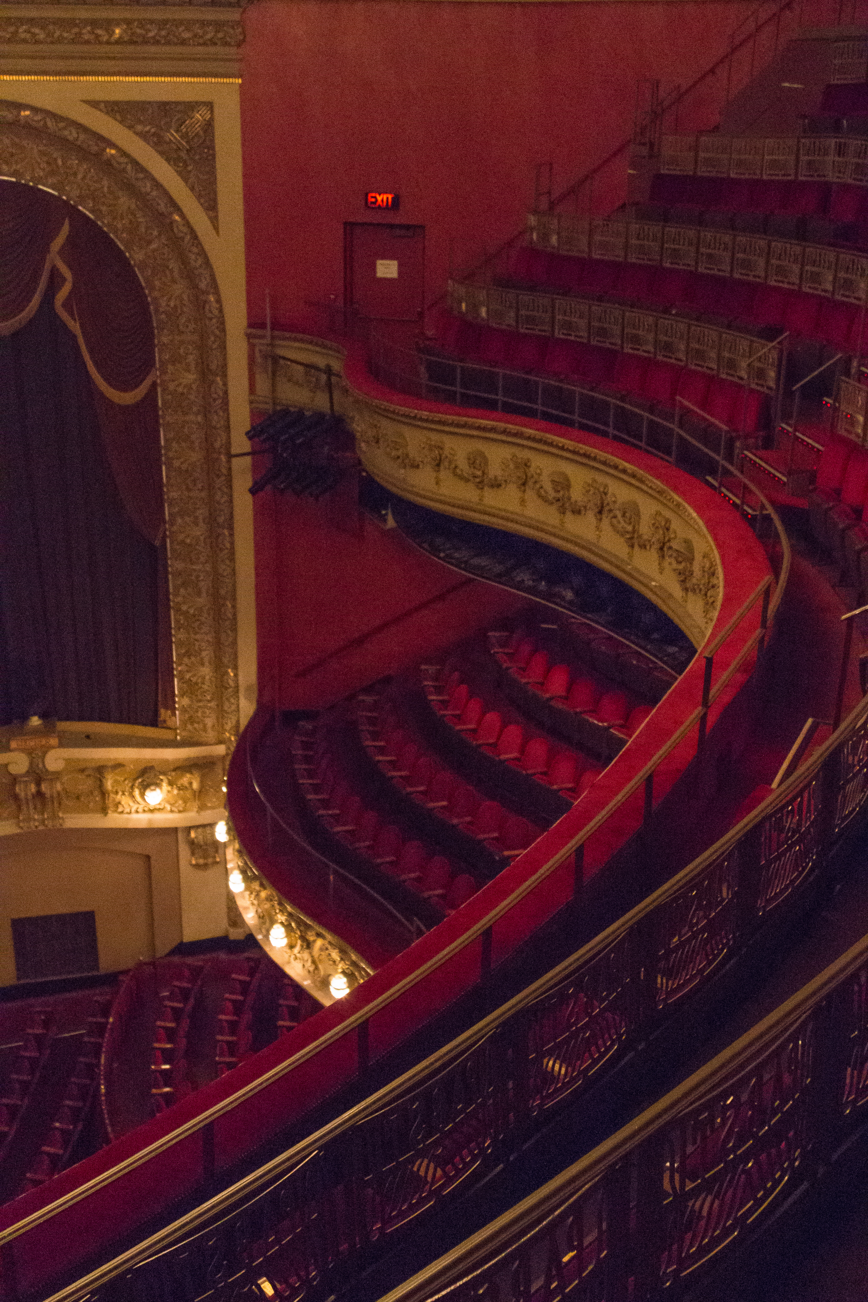 Pabst's Theater Interior Milwaukee, WI | https://www.roseclearfield.com