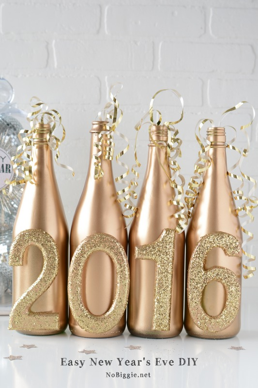 Last-Minute New Year's Eve Party Ideas - Easy New Year's Eve DIY Decor | https://www.roseclearfield.com