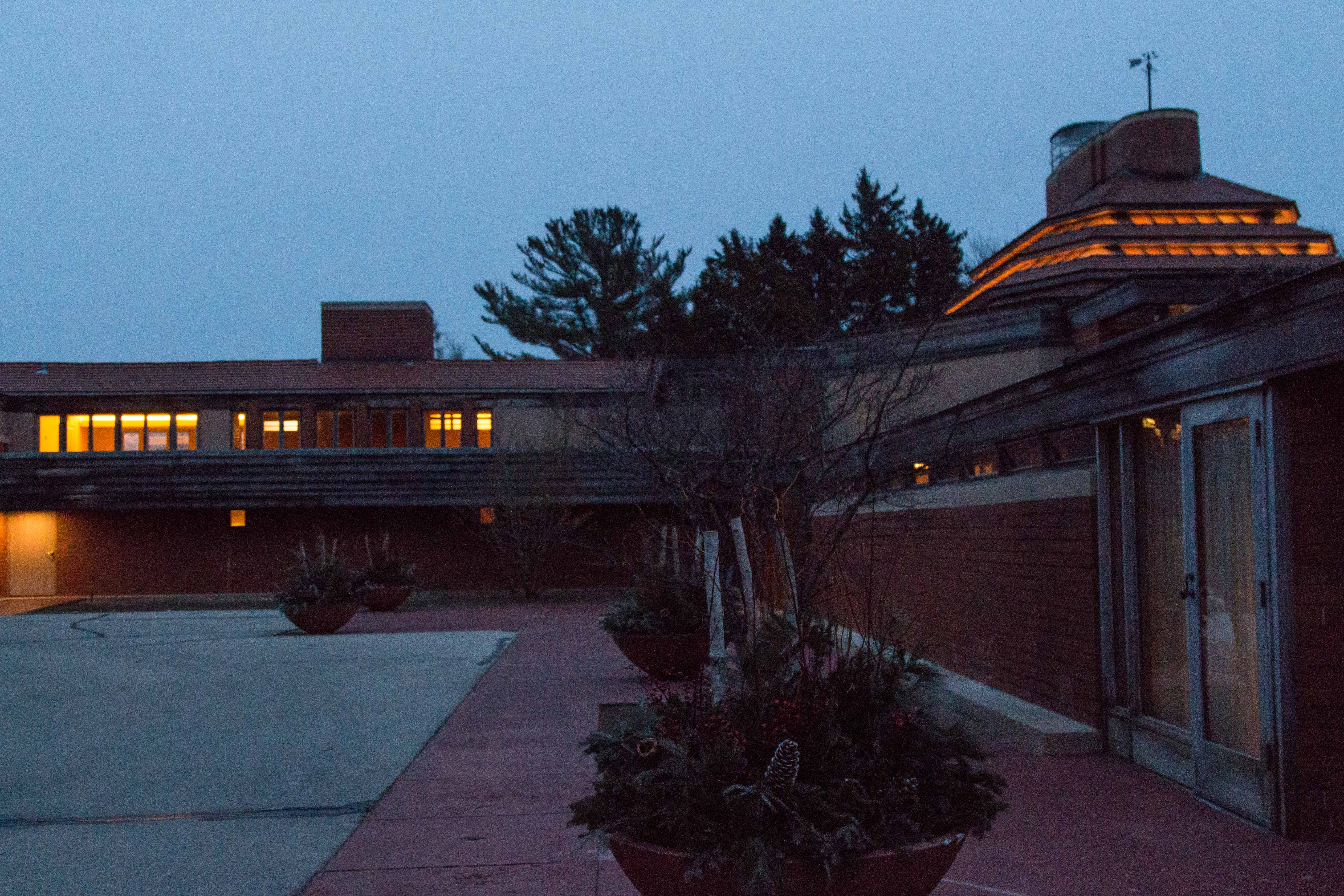 The Johnson Foundation at Wingspread in Racine, WI - Frank Lloyd Wright architecture | https://www.roseclearfield.com