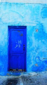 Pantone Spring 2017 Island Paradise - Blue Door | https://www.roseclearfield.com