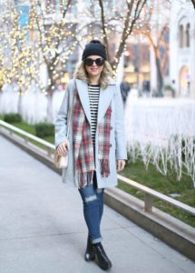Casual Winter Fashion Inspiration | https://www.roseclearfield.com