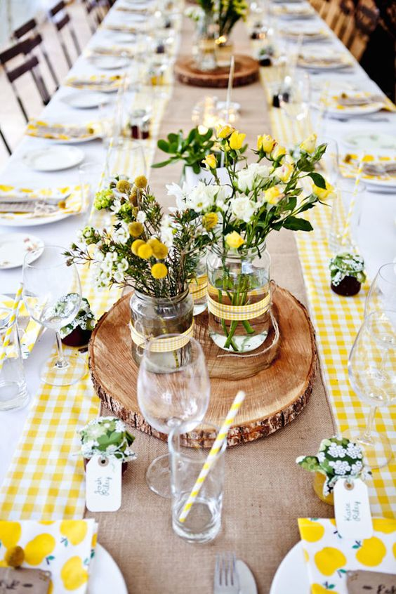 Pantone Spring 2017 Primrose Yellow - Spring Summer Tablescape | https://www.roseclearfield.com