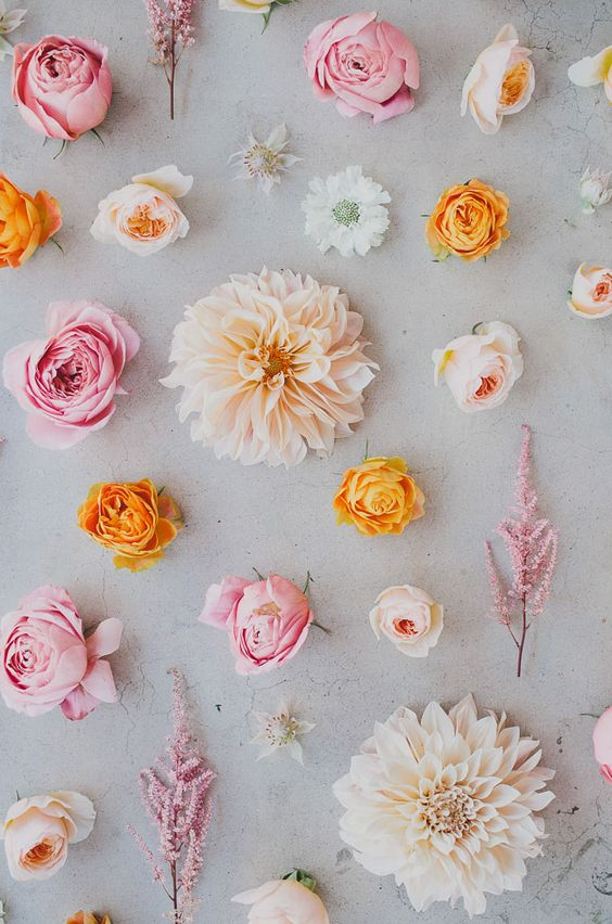 Seasonal Flower Guide Summer greenweddingshoes.com