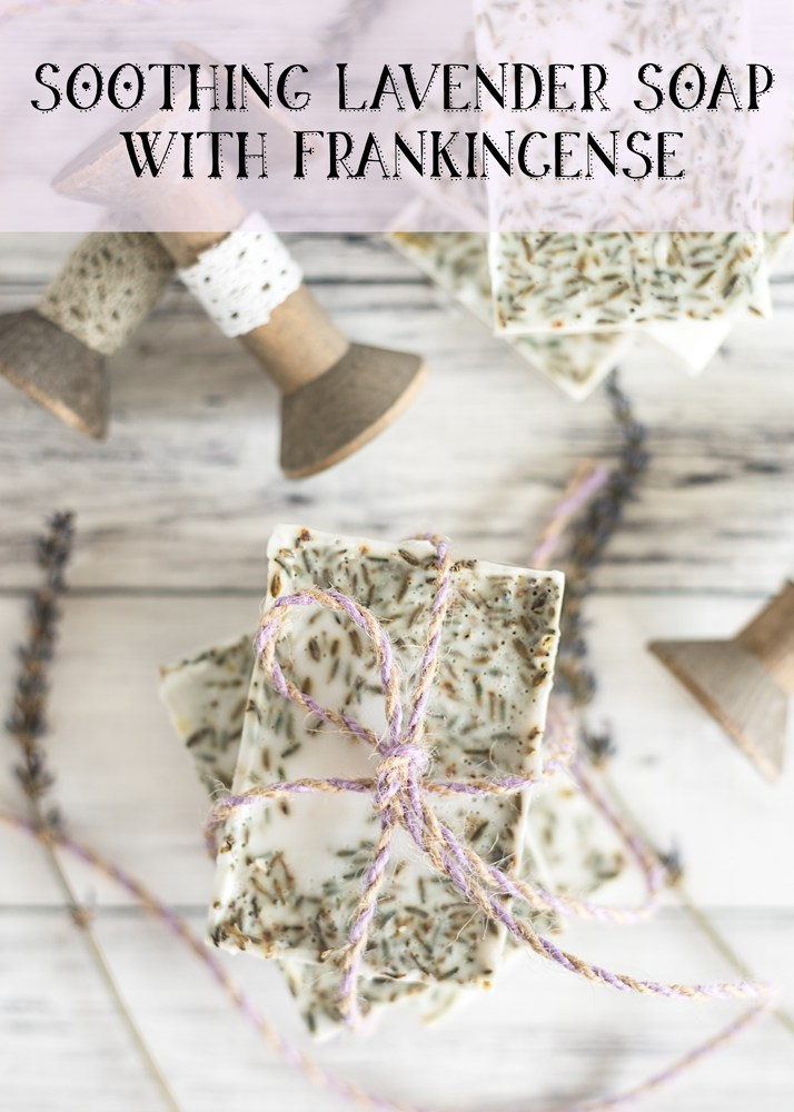 Last-Minute DIY Valentine's Day Gift Ideas - Soothing Lavender Soap with Frankincense via natashalh.com | https://www.roseclearfield.com