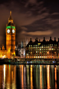 Big Ben at Night by Dave Alexander | https://www.roseclearfield.com