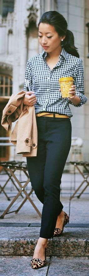 Casual Spring Fashion Inspiration 1 | https://www.roseclearfield.com