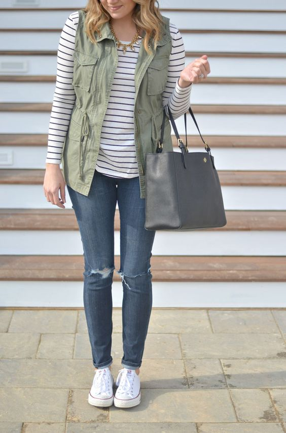 Casual Spring Fashion Inspiration 6 | https://www.roseclearfield.com