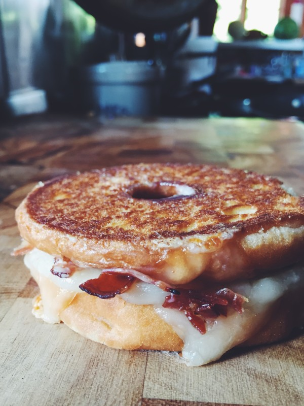 Dessert Grilled Cheese Recipes - The Fat Boy Donut Grilled Cheese with Bacon Maple Glaze via Grilled Cheese Social   https://www.roseclearfield.com