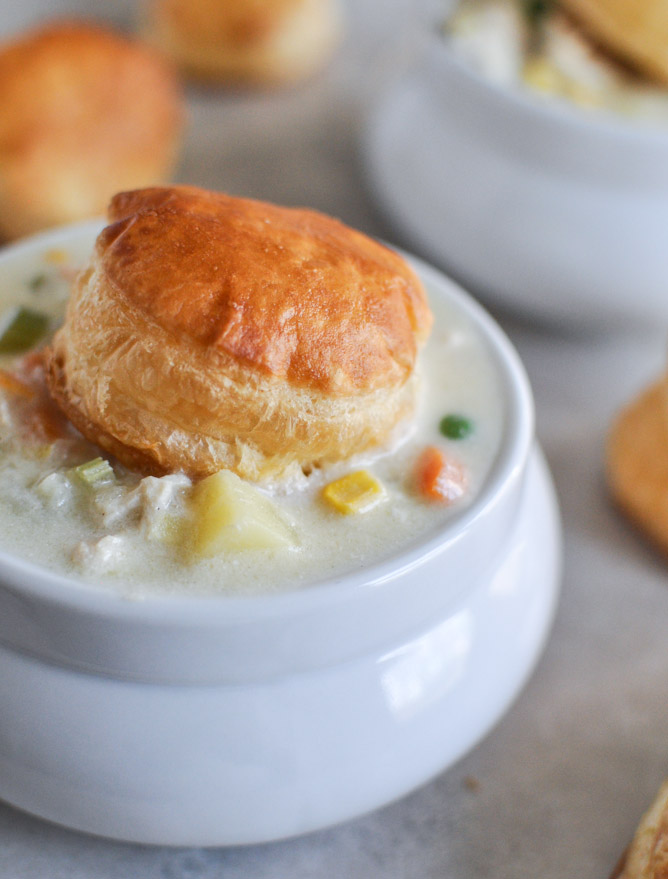 30 Days of Healthy Chicken Dinner Recipes - Chicken Pot Pie Soup via How Sweet It Is   https://www.roseclearfield.com