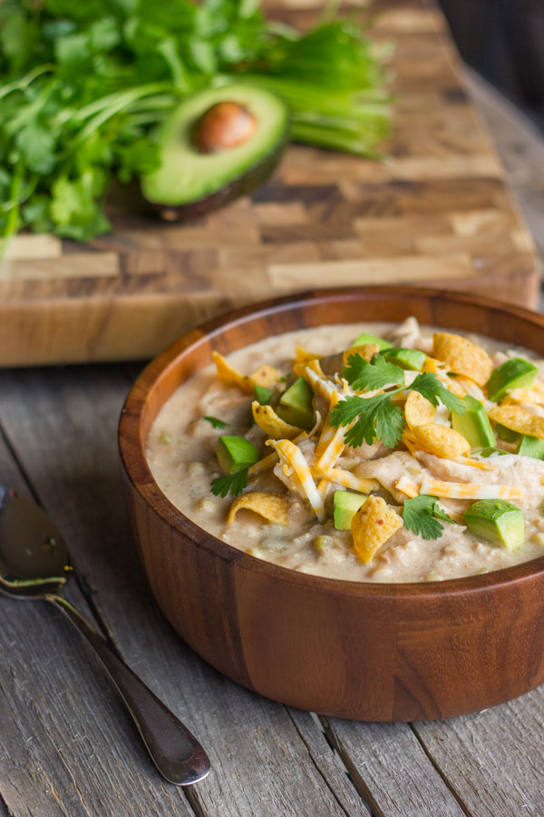 30 Days of Healthy Chicken Dinner Recipes - Creamy Slow Cooker White Chicken Chili via Lovely Little Kitchen   https://www.roseclearfield.com