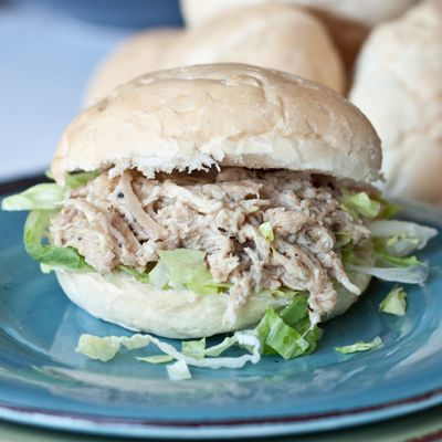 30 Days of Healthy Dinner Recipes - Slow Cooker Chicken Caesar Sandwiches via Boys Ahoy | https://www.roseclearfield.com