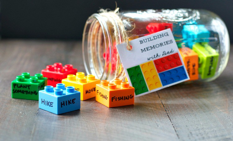 Last Minute DIY Father's Day Gift Ideas - Building Memories with Dad via The Seasoned Mom | https://www.roseclearfield.com
