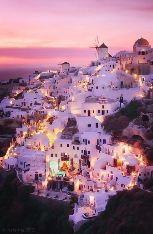 Photography Inspiration - European City on a Hill at Golden Hour | https://www.roseclearfield.com