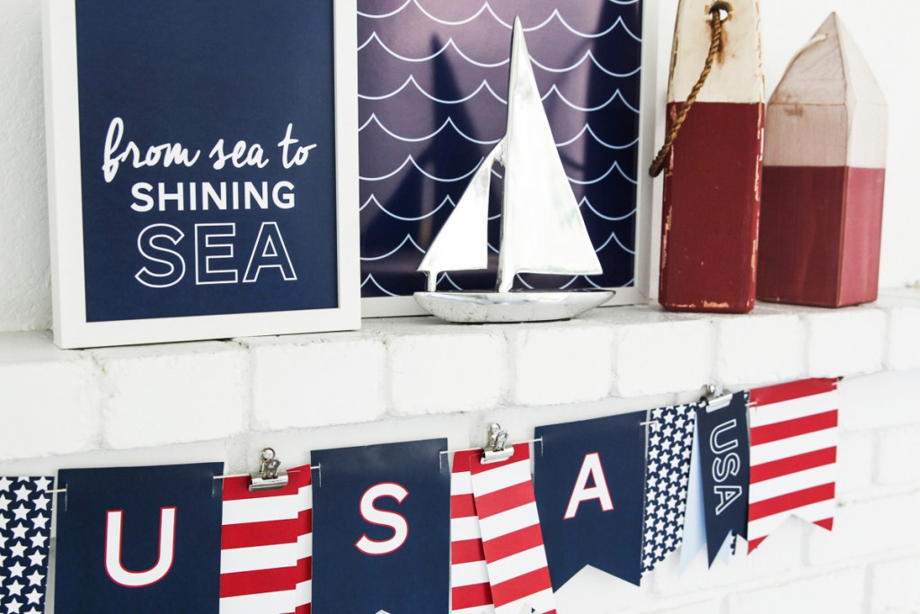 Easy DIY Fourth of July Decorations - Free Patriotic 4th of July Nautical Prints via Tater Tots and Jello | https://www.roseclearfield.com