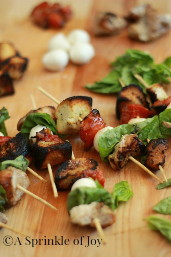 30 Days of Healthy Grilling Recipes - Grilled Chicken Caprese Kabobs via A Sprinkle of Joy   https://www.roseclearfield.com