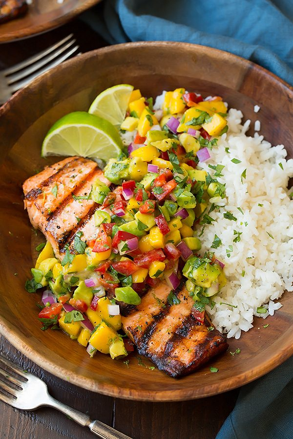 30 Days of Healthy Grilling Recipes - Grilled Lime Salmon with Avocado Mango Salsa and Coconut Rice via Cooking Classy | https://www.roseclearfield.com