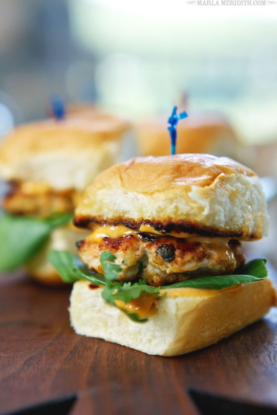 30 Healthy Grilled Chicken Recipes - Grilled Thai Spice Chicken Sliders via Marla Meridith | https://www.roseclearfield.com