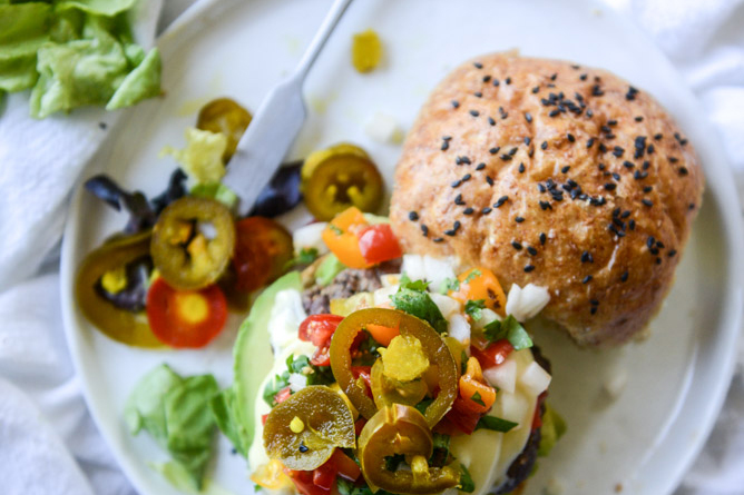Fourth of July Recipe Ideas - Queso Cheese Burgers with Avocado and Pico de Gallo via How Sweet Eats | https://www.roseclearfield.com