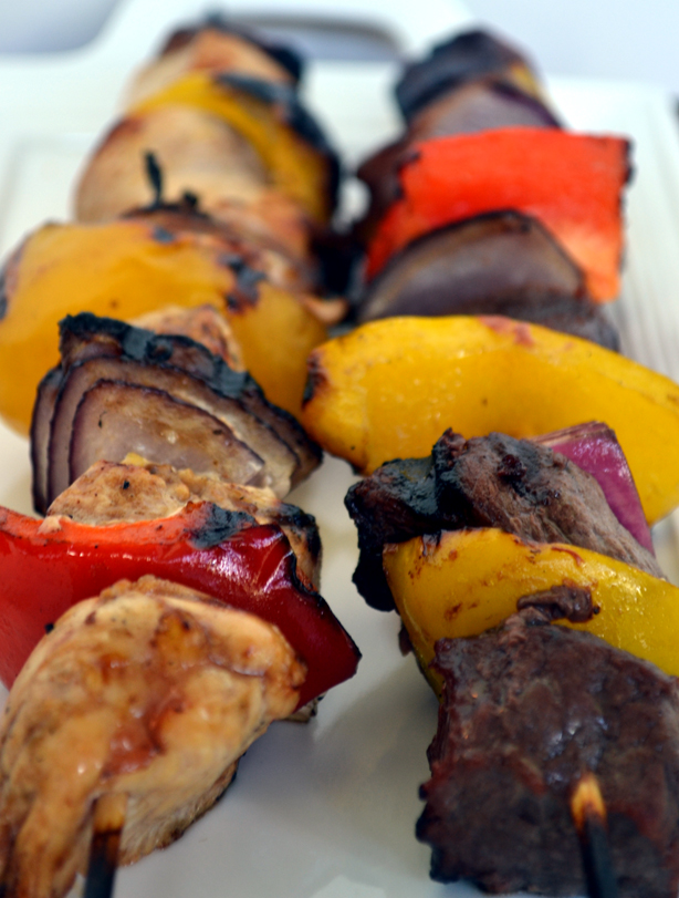 30 Days of Healthy Grilling Recipes - Steak and Chicken Kabobs via Extraorindary BBQ | https://www.roseclearfield.com