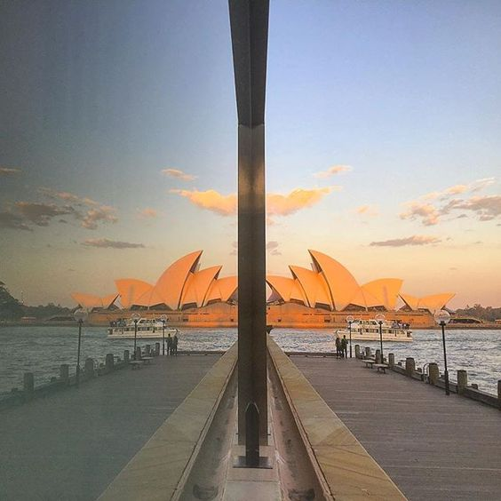 Photography Inspiration - Sydney Opera House by traveltomtom on Instagram | https://www.roseclearfield.com
