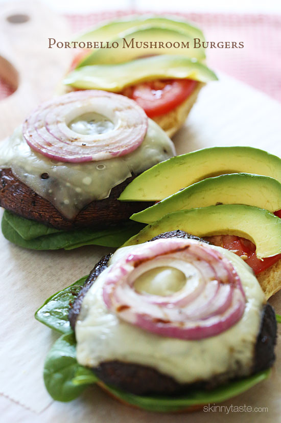 30 Days of Healthy Grilling Recipes - The Best Grilled Portobello Mushroom Burgers via Skinny Taste | https://www.roseclearfield.com