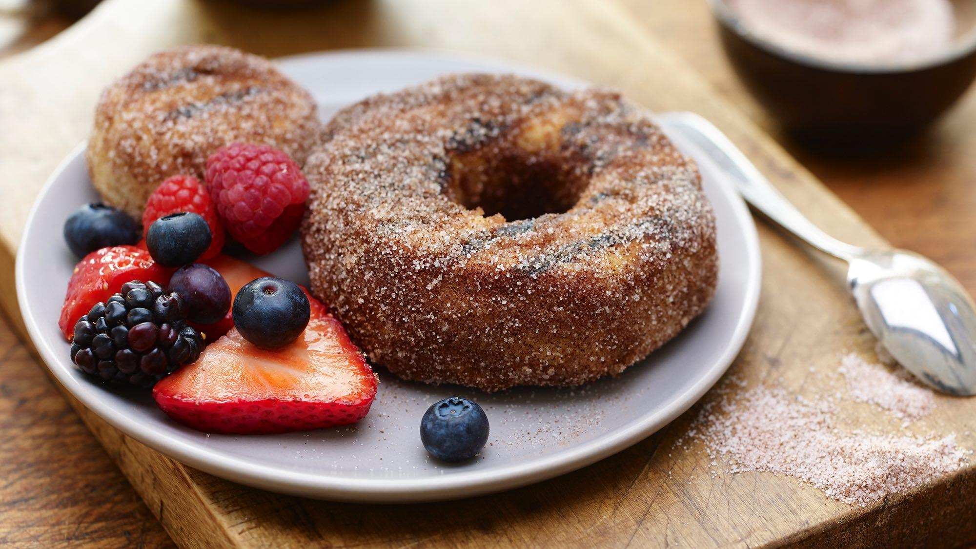 30 Days of Grilled Desserts - Cinnamon Sugar Grilled Donuts via McCormick | https://www.roseclearfield.com