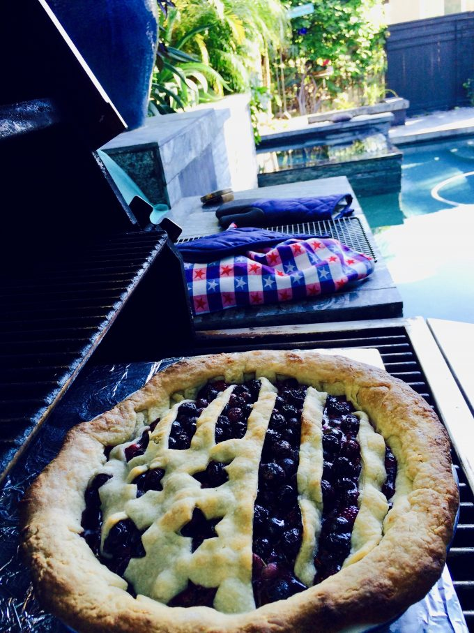 30 Days of Grilled Desserts - Grill Baked Blueberry Pie via Delicious Table | https://www.roseclearfield.com