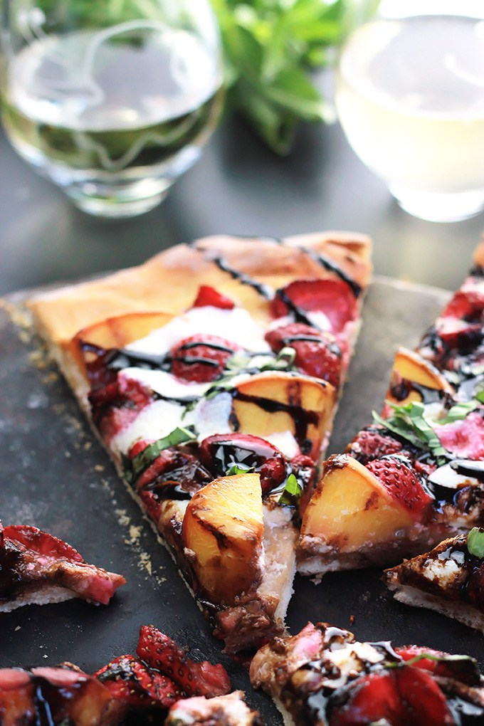 30 Days of Grilled Desserts - Grilled Peachy Strawberry Pizza via The Whole Serving   https://www.roseclearfield.com