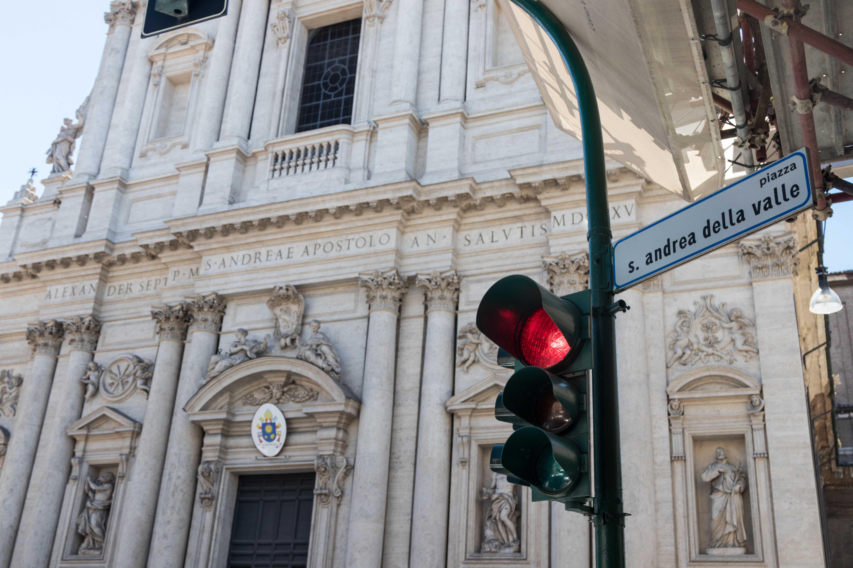 Mediterranean Cruise: First Wanderings in Rome | https://www.roseclearfield.com