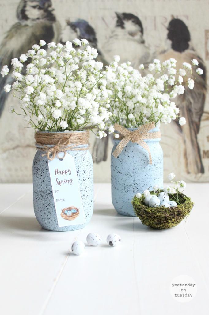 Spring Mason Jar Decor - Speckled Robin's Egg Mason Jar via Yesterday on Tuesday | https://www.roseclearfield.com
