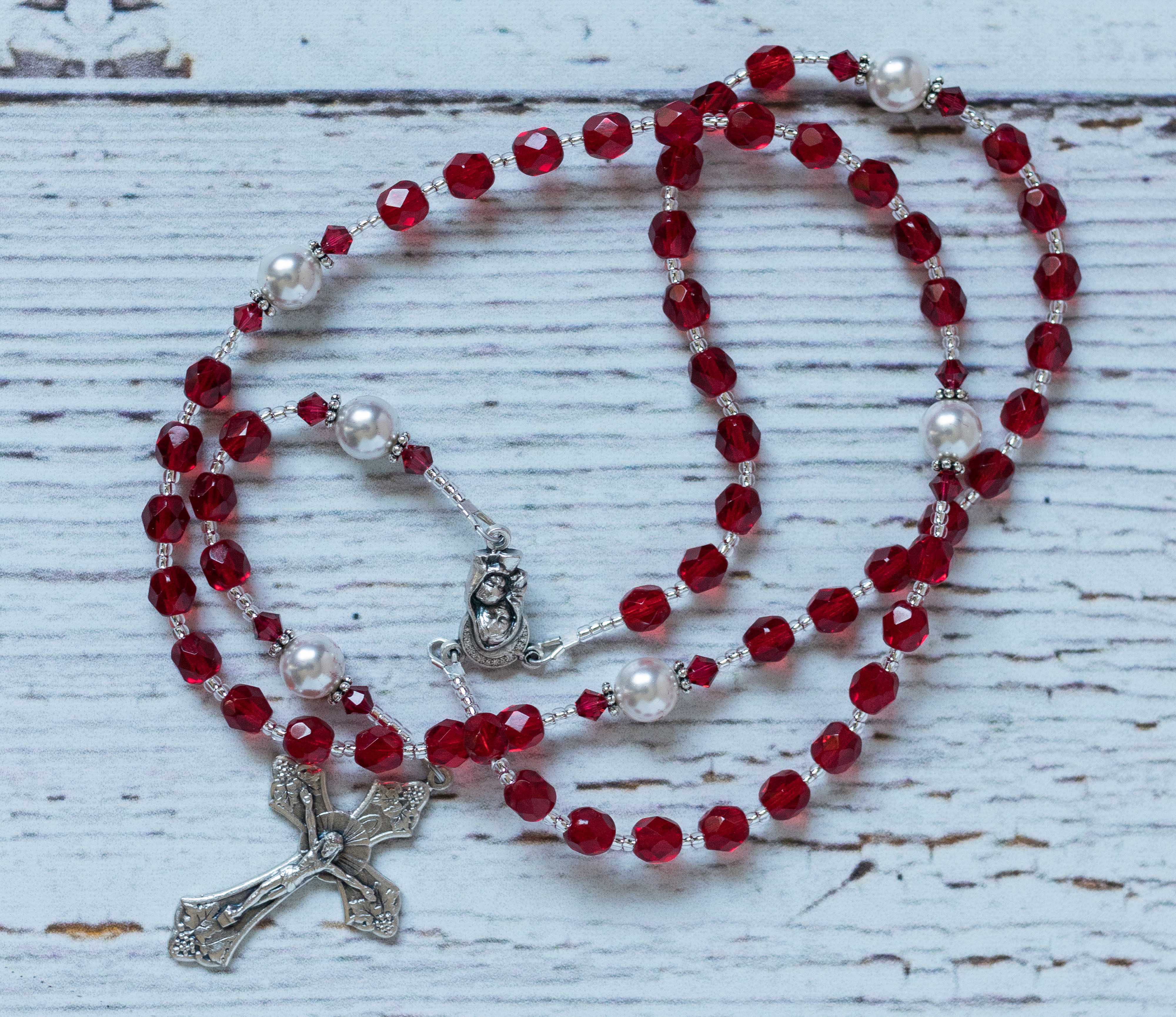 Mother's Day Gift Ideas for Birth Moms - Custom Rosary via RosaryGardenCathy on Etsy | https://www.roseclearfield.com