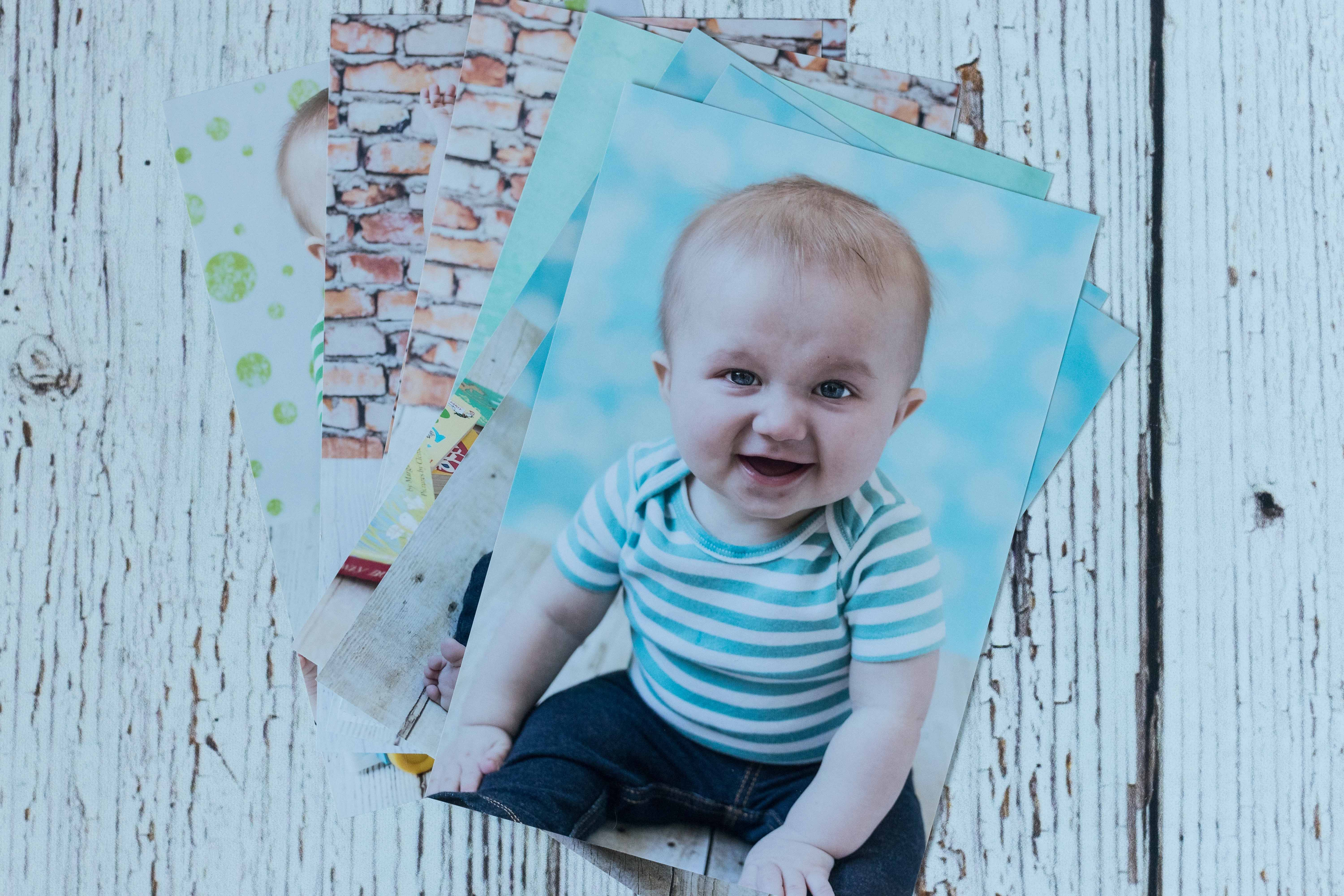 Mother's Day Gift Ideas for Birth Moms - Printed Photos | https://www.roseclearfield.com