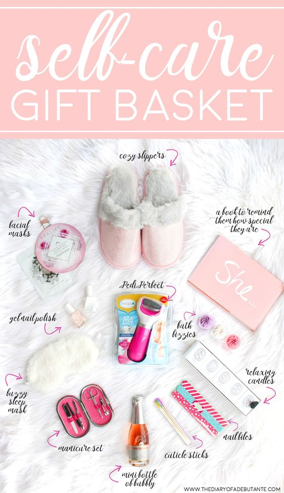 Mother's Day Gift Ideas for Birth Moms - Self Care Gift Basket via The Diary of a Debutante | https://www.roseclearfield.com