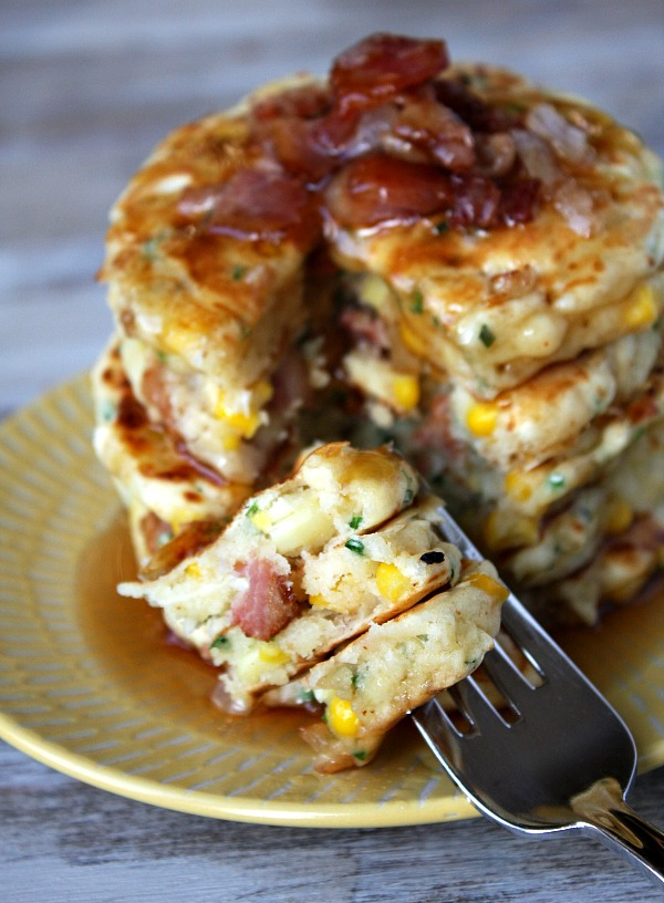 Breakfast for Dinner Ideas - Bacon and Corn Griddle Cakes via Recipe Girl | https://www.roseclearfield.com
