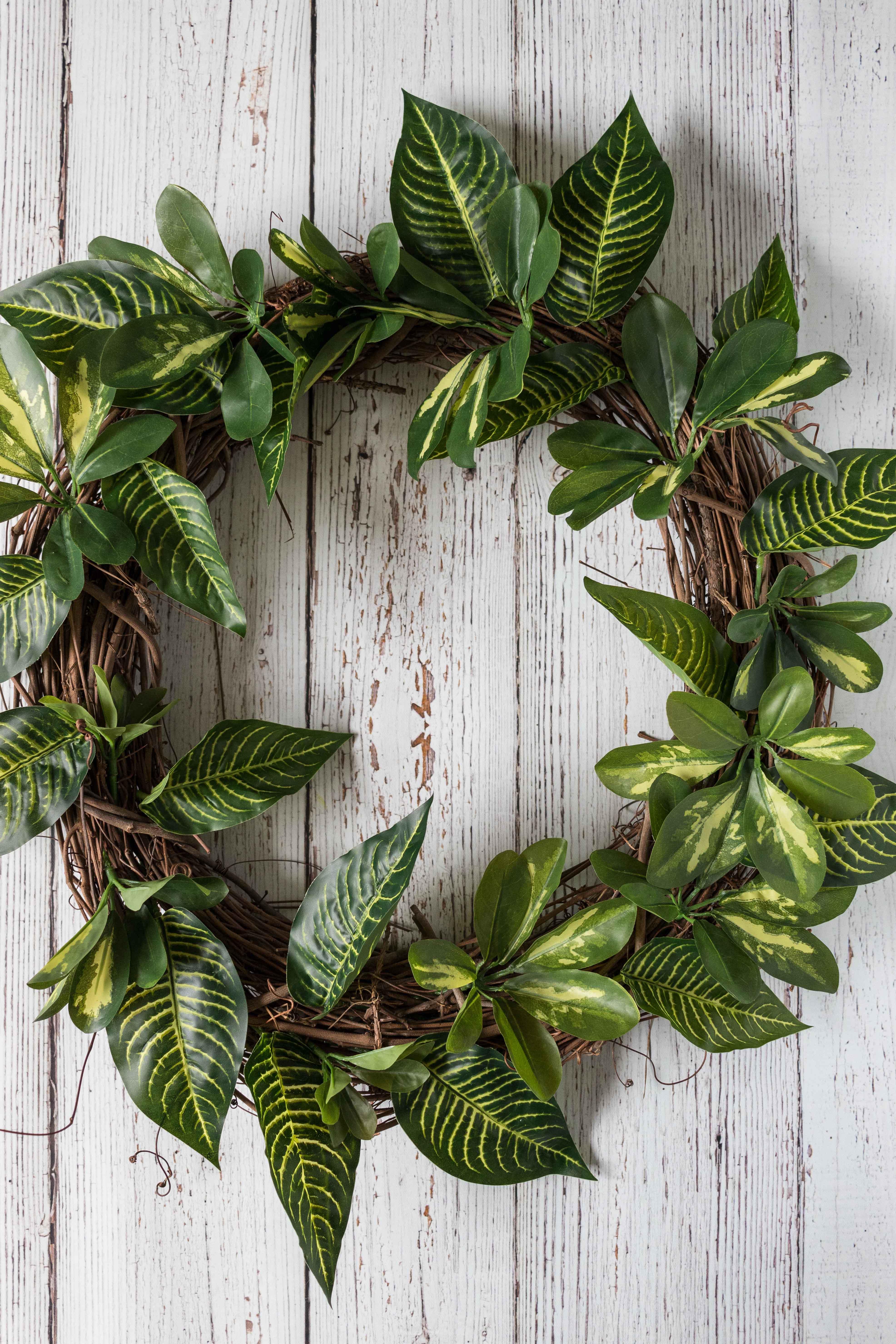 DIY Faux Greenery Wreath | https://www.roseclearfield.com