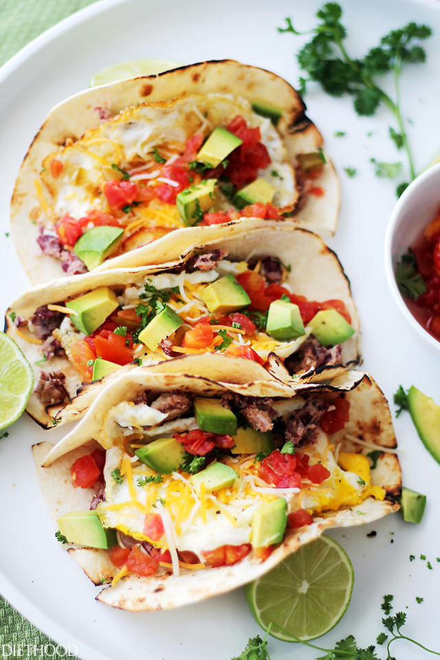 Breakfast for Dinner Ideas - Huevos Rancheros Tacos via Diethood | https://www.roseclearfield.com