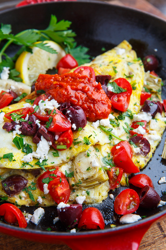 Breakfast for Dinner Ideas - Mediterranean Omelette via Closet Cooking | https://www.roseclearfield.com