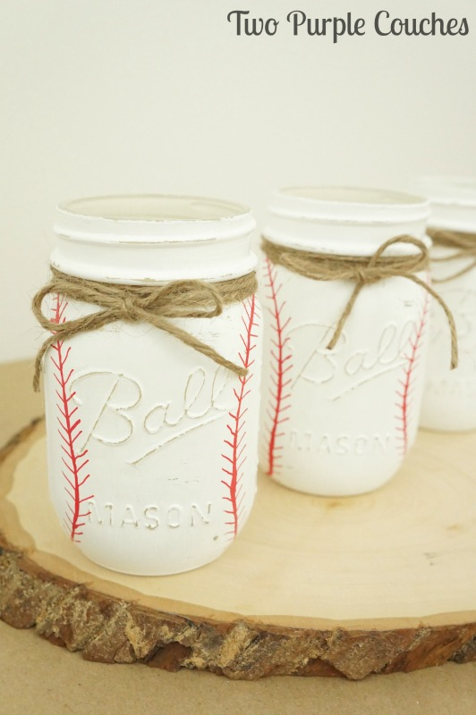 Summer Mason Jar Decor - Painted Baseball Mason Jars via Two Purple Couches | https://www.roseclearfield.com