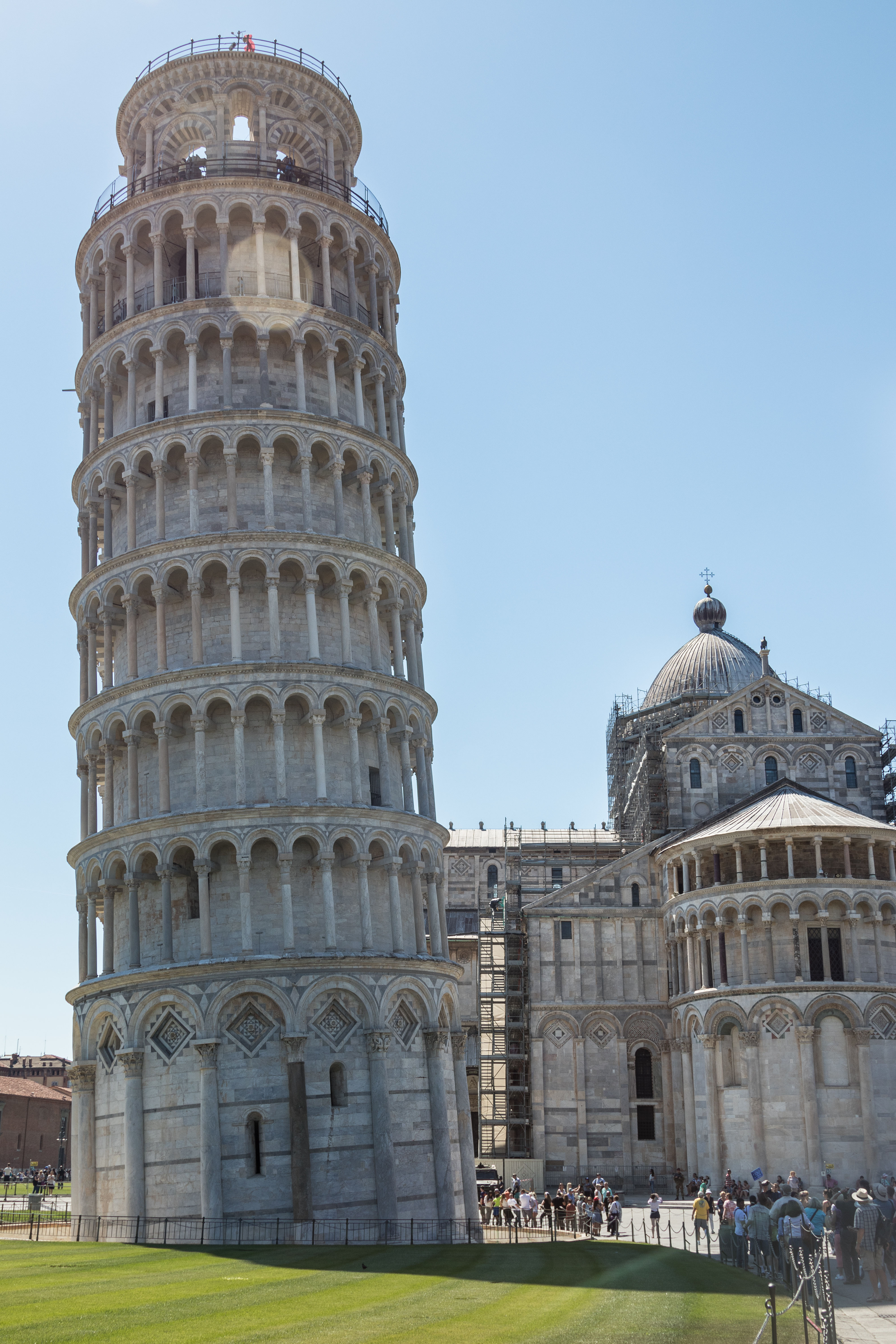Mediterranean Cruise - Pisa, Italy | https://www.roseclearfield.com