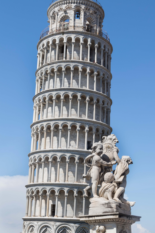 Mediterranean Cruise - Pisa, Italy | https://www.roseclearfield.com