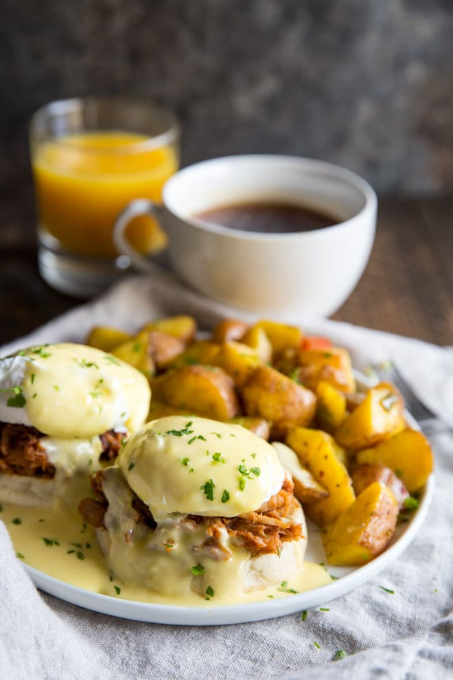 Breakfast for Dinner Ideas - Pulled Pork Eggs Benedict via Culinary Hill | https://www.roseclearfield.com