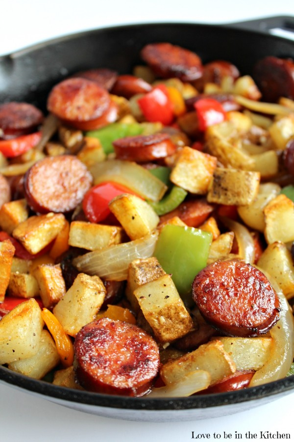 Breakfast for Dinner Ideas - Smoked Sausage Hash via Love to Be in the Kitchen | https://www.roseclearfield.com